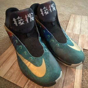 Nike Men's Exclusive Beijing Hyperdunk 2015